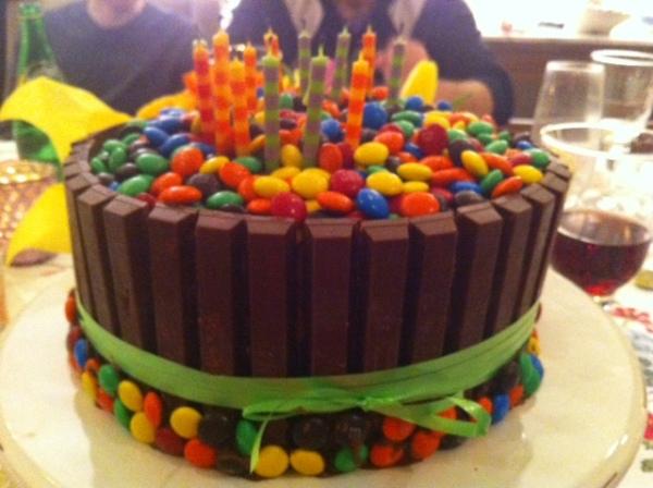 M&M KitKat Cake