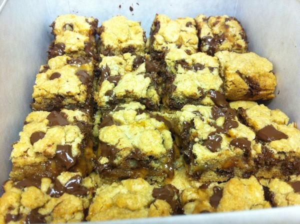 ChocolateChip Caramel Cookie Bars