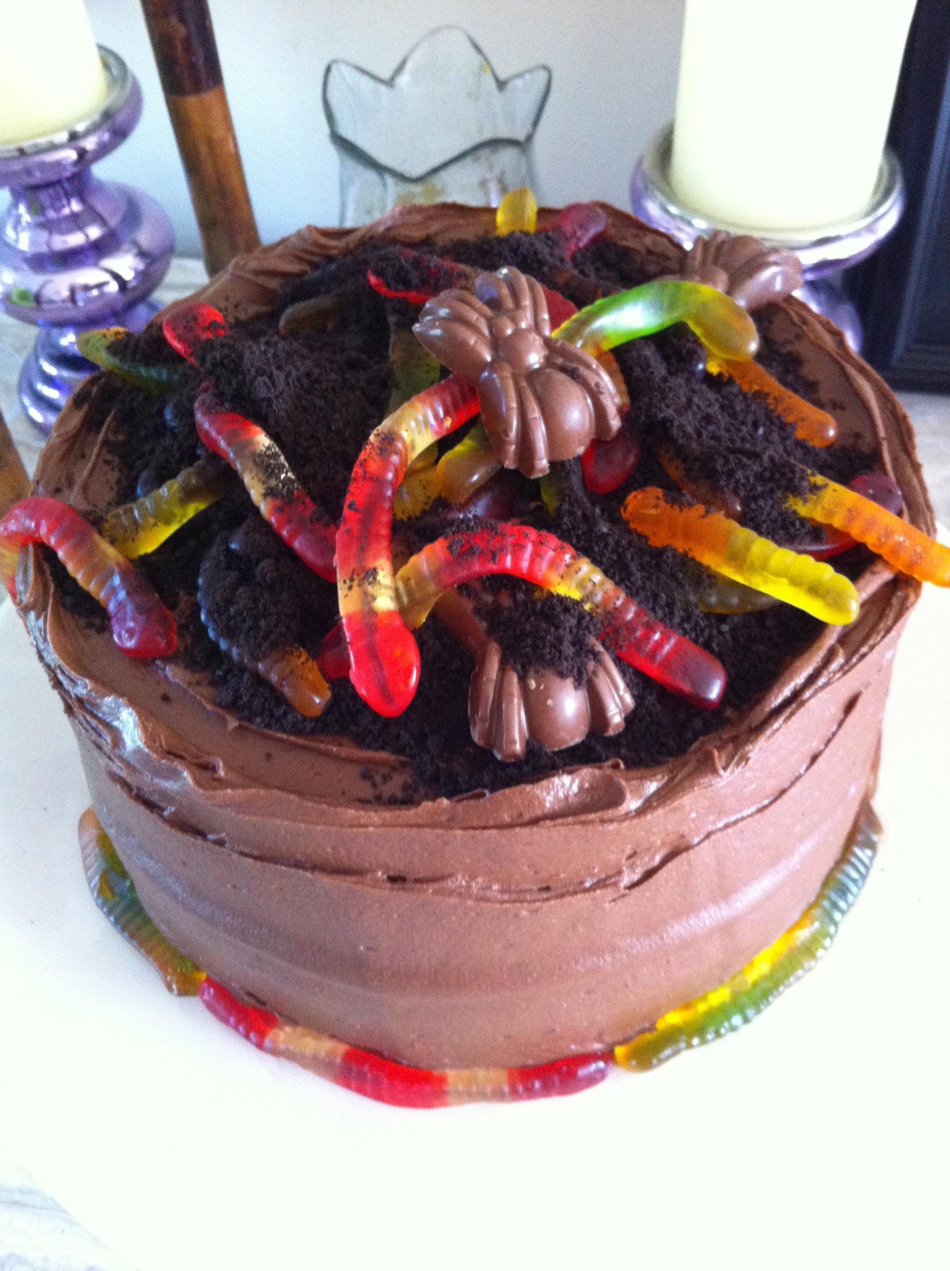Sensational Worm Cakes Anniversary40Th Birthday Cakes Bake My Day Ronnas Blog Funny Birthday Cards Online Chimdamsfinfo