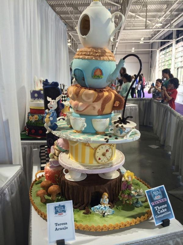 Winning Alice Cake