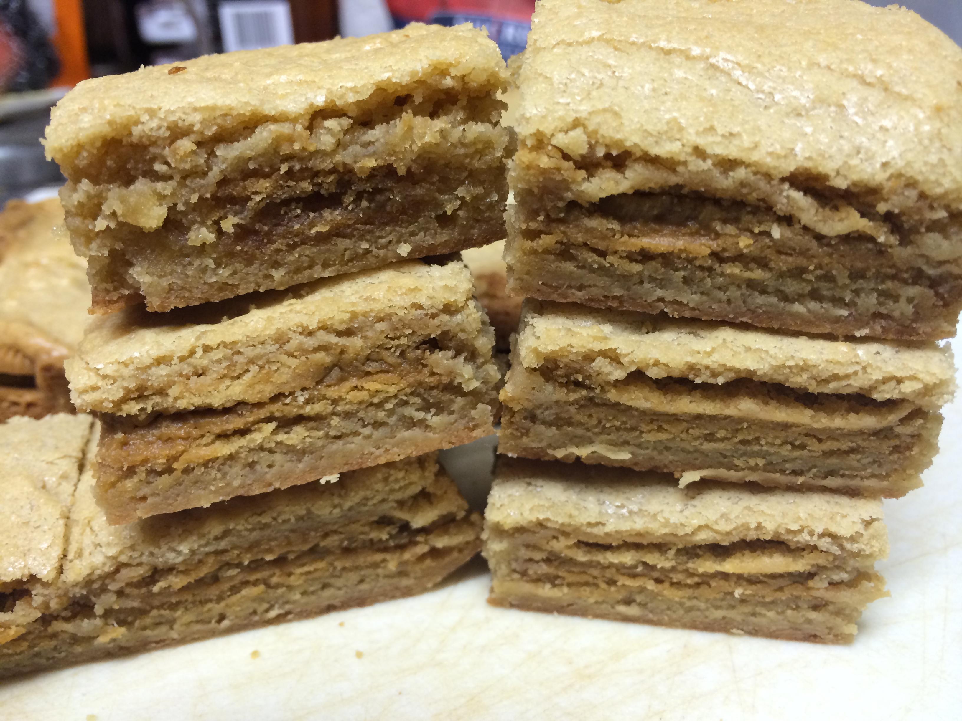 Gingerbread Oreo Blondies Recipe — Dishmaps