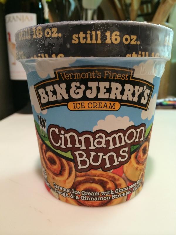 Cinnamon Roll Ice Cream
