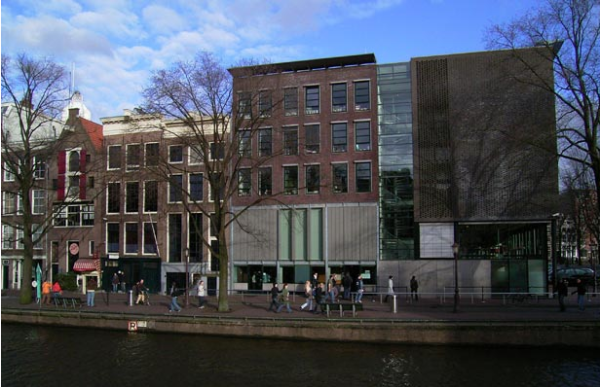 Photo courtesy of http://www.amsterdamshortstayapartments.com/amsterdam-travel-guide/amsterdam-museums-guide/anne-frank-house/